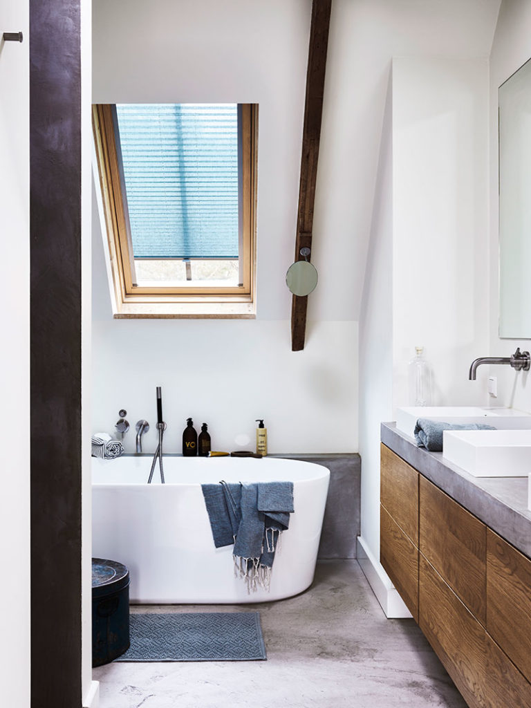 Plisségardiner i badeværelse